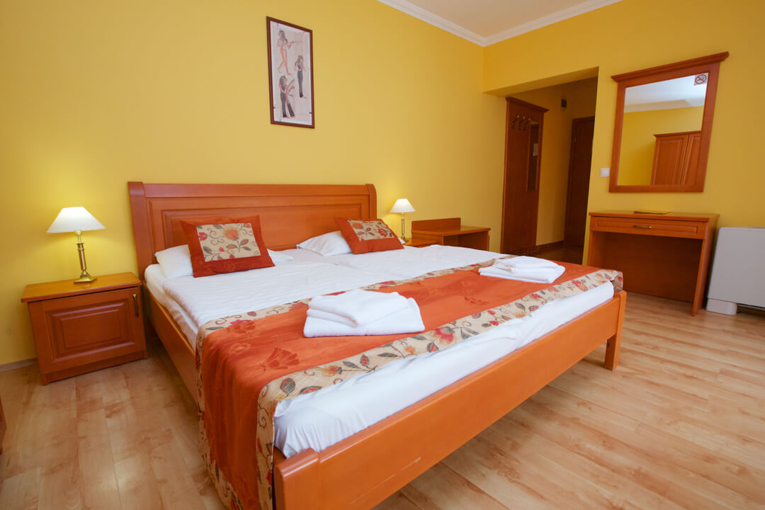 Hotel Járja franciaágyas szoba