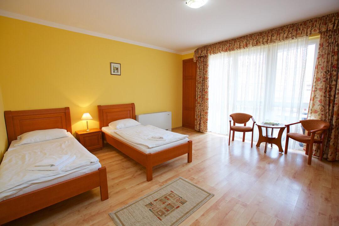 Hotel Járja két ágyas szoba