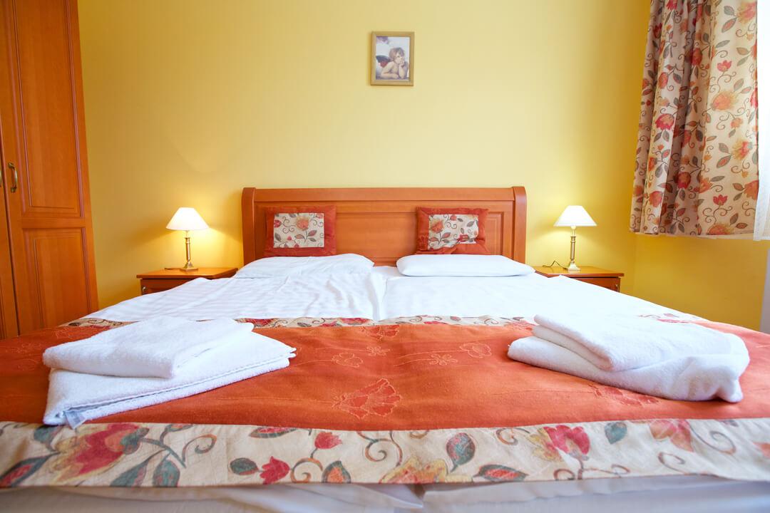 Hotel Járja négy ágyas apartman